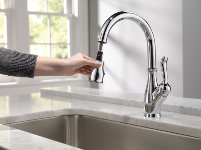 9178 Dst Leland Single Handle Pull Down Kitchen F