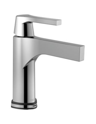 Single Handle Lavatory Faucet with Touch2O.xt Technology