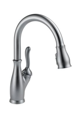 Leland Single Handle Pull-Down Kitchen Faucet with ShieldSpray