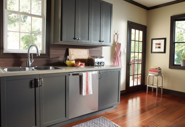 Transitional Decorating Styles Kitchen Delta Faucet