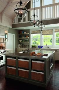 Traditional Kitchen Design - Delta Faucet Image 1
