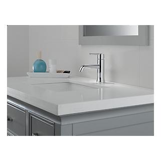 559LF-MPU - Single Handle Lavatory Faucet - Metal Pop-Up