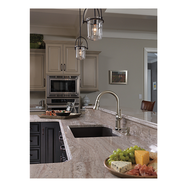 Single Handle Pull-Down Kitchen Faucet With SmartTouch