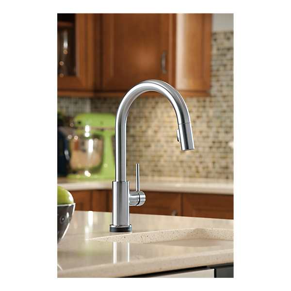 Single Handle Pull-Down Kitchen Faucet With